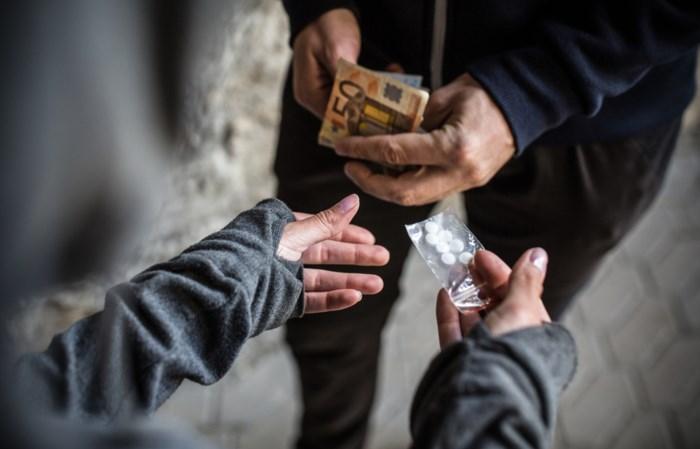 Politie ziet meer dealers drugs aan huis leveren door coronamaatregelen: ook dit weekend twee mannen in Mechelen betrapt
