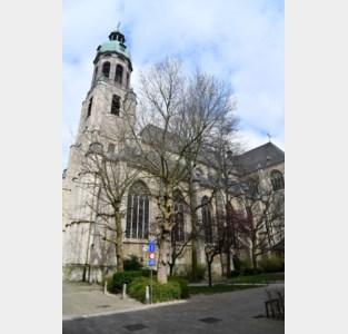 """Middeleeuwse kerk dringend aan renovatie toe door stormachtig weer: """"Er sijpelt vocht binnen"""""""