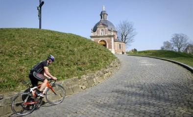 """Ja, fietsen mag nog maar Marc Van Ranst heeft dringende oproep aan wielertoeristen: """"Laat het snot niet rondvliegen"""""""