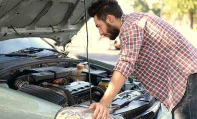 VAB verwacht grote toename batterijproblemen: hoe vermijd ik die nu mijn auto zo veel stilstaat?