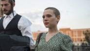 RECENSIE. 'Unorthodox' van Anna Winger en Alexa Karolinski: De eerste Netflix-reeks in het Jiddisch gaat recht naar het hart *****