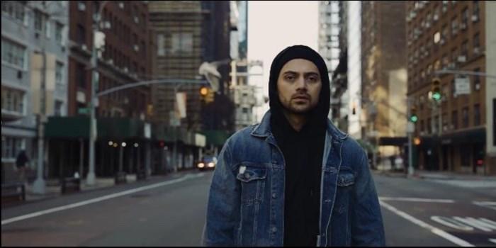 """Antwerpse acteur maakt clip in leeg New York: """"De stad die nooit slaapt, is veranderd in een slaapstad"""""""