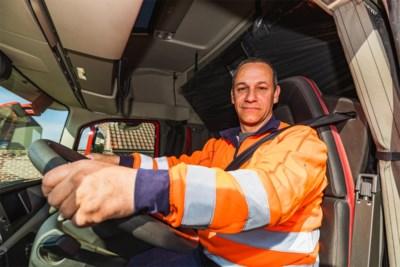 """Vlaamse Stichting Verkeerskunde bombardeert trucker Erik (49) tot 'held van nu': """"Ik ben geen held, maar de sector verdient wel een pluim"""""""