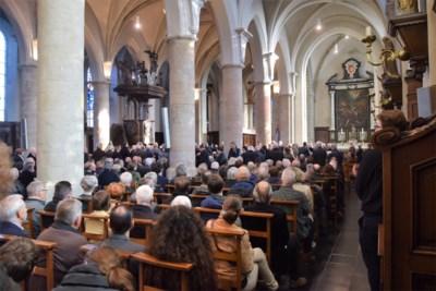 Gemeente fluit centraal kerkbestuur terug