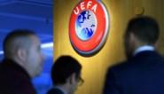 Waarom kleine voetballanden het seizoen willen stopzetten, terwijl grote voetballanden desnoods nog in China willen gaan spelen