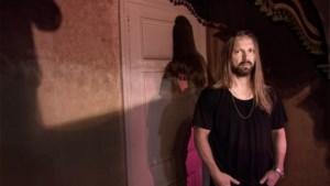 Volstrekt onbekend, en toch is Zweedse metalfan achter hits van popsterren bijna even succesvol als The Beatles