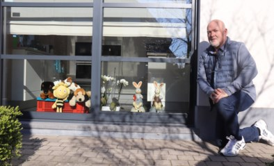 """'Berenjager' op fiets graait honderd knuffels bedoeld voor kinderen mee: """"Hij vatte de berenjacht wat te letterlijk op"""""""