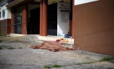 Coronavirus teistert ook Ecuador: overledenen liggen dagenlang op straat voordat autoriteiten ze ophalen