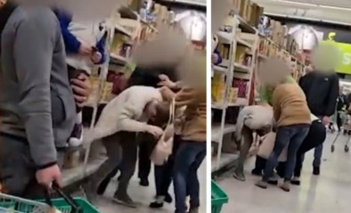 Klanten in supermarkt lappen regels rond 'social distancing' aan hun laars en vechten het uit