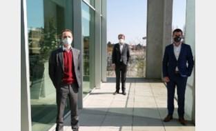 Tekort aan mondmaskers voor zorgverleners, stad klopt dan maar zelf aan bij textielproducent
