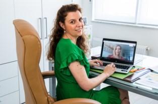 Zo organiseert UHasselt thuisexamens: verklaring op eer, camera's en Skype
