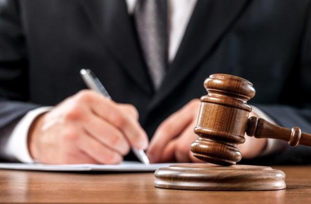 Ierse vrachtwagenchauffeur naar de strafrechter voor smokkel van zeventien Albanezen