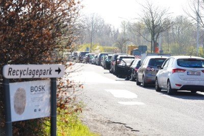"""""""Blijkbaar wou iedereen 's ochtends komen"""": stormloop op Gentse recyclageparken na middag stilgevallen"""