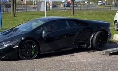 Oeps: betonwagen rijdt over gloednieuwe Lamborghini