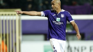 Vincent Kompany benadert Anderlecht-spelers individueel om loon in te leveren