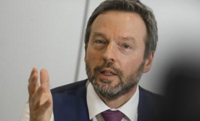 """Belgische economie zal flinke duik nemen door coronacrisis: """"Deze periode dwingt mensen om te sparen"""""""