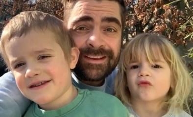 """Herkenbaar? Pedro Elias """"geniet"""" van de qualitytime met zijn kinderen tijdens de lockdown"""