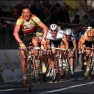 Andrei Tchmil won de Ronde van Vlaanderen, Parijs-Roubaix en Milaan-Sanremo.