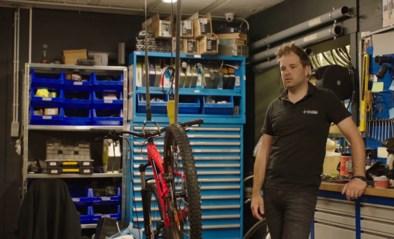 """Niels Albert moet noodgedwongen zijn fietswinkel sluiten: """"We kunnen niet anders dan lachen met miserie"""""""