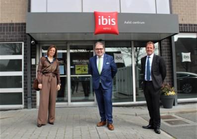 """Coronapatiënten kunnen uitzieken in Ibis Hotel: """"Dit gaat levens redden"""""""
