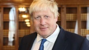 """Boris Johnson praat voor het eerst sinds hij intensieve zorgen mocht verlaten: """"Ik heb mijn leven te danken aan artsen en verpleegkundigen"""""""