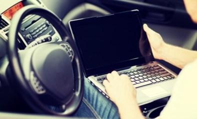 """Test-Aankoop laat auto's hacken en waarschuwt: """"Dit kan veiligheid van inzittenden in gevaar brengen"""""""