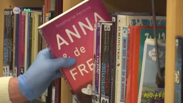 Bibliotheek heropent met dertig bezoekers tegelijk