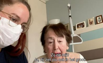 Oma en opa helpen Skypen