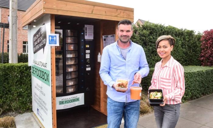 Uitbaters feestzaal plaatsen Foodbox met zelfgemaakte gerechten