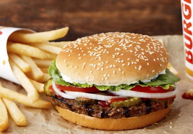 """Waakhond schrapt reclame 'vegetarisch' broodje Burger King: """"Dit mag zo niet verschijnen"""""""