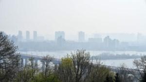 Rookwolken van bosbranden in Tsjernobyl bereiken Kiev