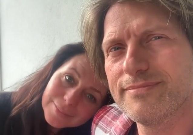 """Kristel Verbeke en Gene Thomas vieren 20ste verjaardag van hun eerste kus met een bijzondere foto: """"Toen waren we nog niet samen"""""""