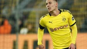 Ook Thorgan Hazard veilt shirt voor... KV Oostende