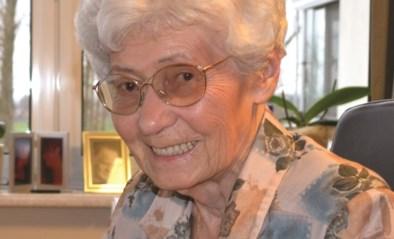 """Heemkring rouwt om coronaslachtoffer Anna (95): """"Zij was ons collectief geheugen"""""""