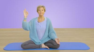 """Ingeborg biedt yoga aan op tv: """"Waarom hierna geen week lockdown per maand, om even uit de ratrace te ontsnappen?"""""""