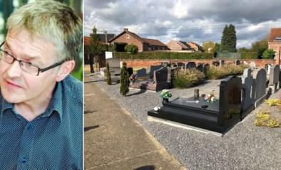 """Luc wil zich nuttig maken nu hij technisch werkloos is: """"Ik onderhoud graven voor wie niet naar kerkhof kan"""""""