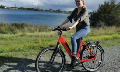 Een ritje door de stad of liever een sportieve fietstocht: onze reporter testte twee compleet verschillende elektrische fietsen