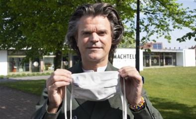 """Modeontwerper Luc lanceert duurzame mondmaskers uit bamboe: """"Je kan ze tot wel honderd keer wassen"""""""