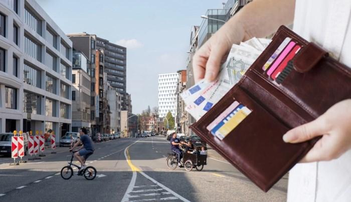 Dit doet coronacrisis met onze portefeuille: flink inleveren op loon, maar het is niet allemaal kommer en kwel