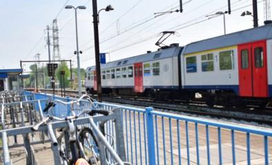 """Gemeentebesturen scharen zich achter vraag om rechtstreekse trein naar Brussel: """"Onze regio kreunt onder de files"""""""