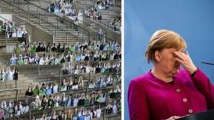 """Vanaf 8 mei weer Bundesliga? Duitsland protesteert tegen """"spookmatchen"""", maar Angela Merkel heeft het laatste woord"""