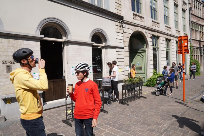 Gentse koffiebars mogen dan toch open: politie en burgemeester komen terug op verbod