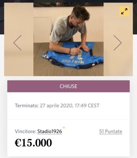 Historisch truitje van Dries Mertens levert duizenden euro's op voor goede doel dankzij opmerkelijke koper
