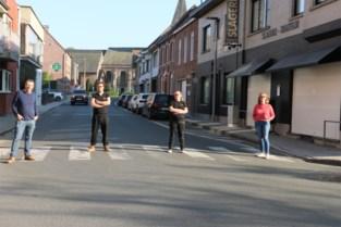"""Handelaars ongerust over verdwijnen parkeerplaatsen: """"Wij moeten het hebben van passage"""""""