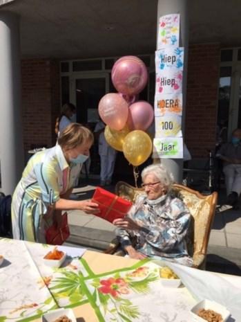 Simone viert honderdste verjaardag
