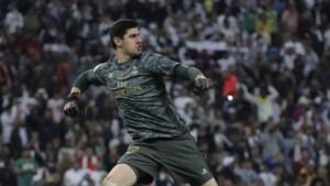 """Real Madrid deelt video met de beste reddingen van """"Air Courtois"""""""
