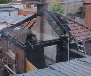 Brand vernielt twee tuinhuizen en veranda in Tongeren