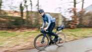 Ex-prof Laurens ten Dam reed op zijn gravelfiets een alternatieve Ronde van Vlaanderen, en dat levert schitterende beelden op
