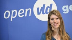 """Els Ampe (Open VLD) haalt uit naar """"lockdownvakantie"""" en premier Wilmès"""