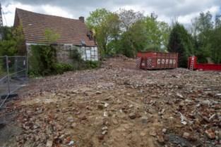 Afbraak onteigende huizen N60 begonnen, sloop zal 100 dagen duren